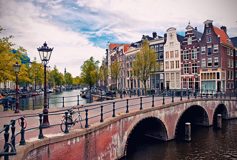 Amsterdam canals res