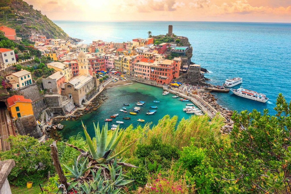 Cinque Terre - Italy | Berth Booking with MarinaReservation.com