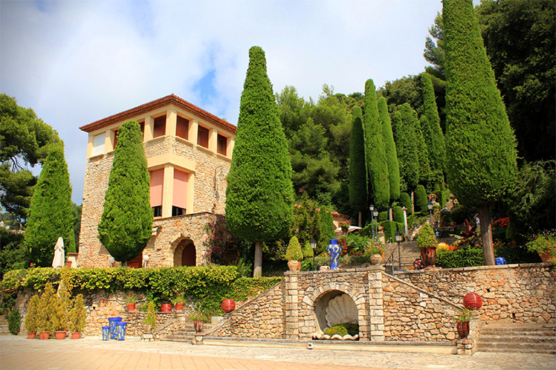 Villa-Domergue-in-Cannes res