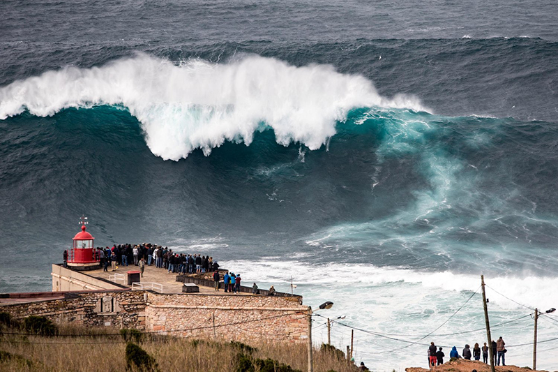 filmers-at-large-nazare-empty res