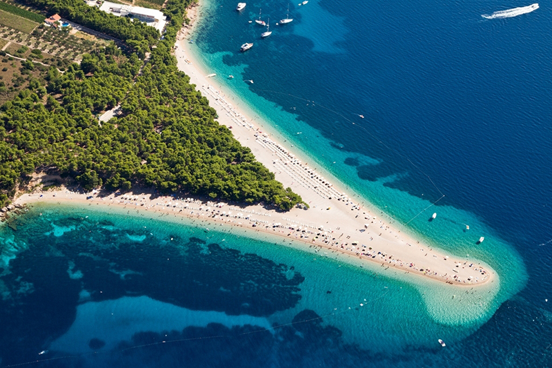 zlatni-rat-beach-in-bol-brac-island res
