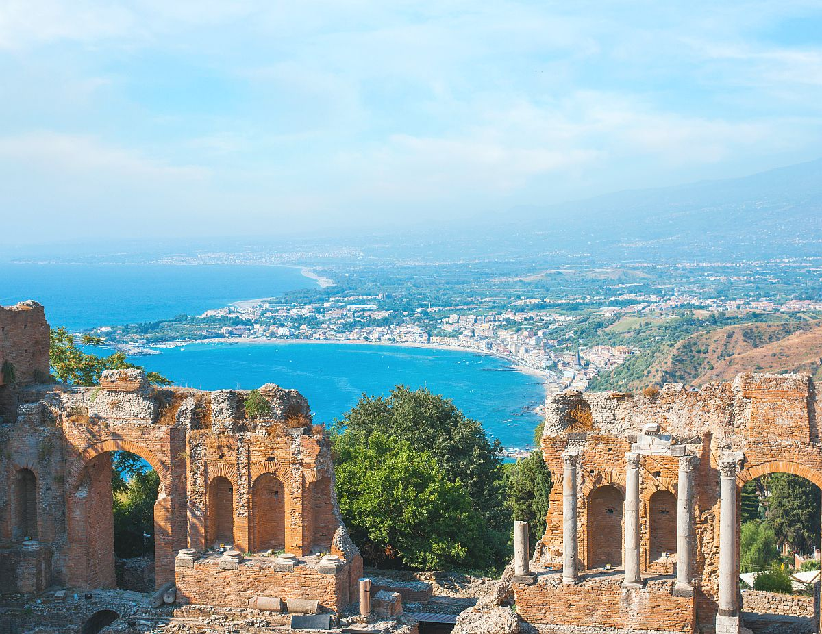 Ancient greek amphitheatre in Taormina city, Sicily island, Italy - res