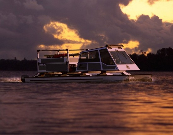 source: http://www.footprintboats.com/