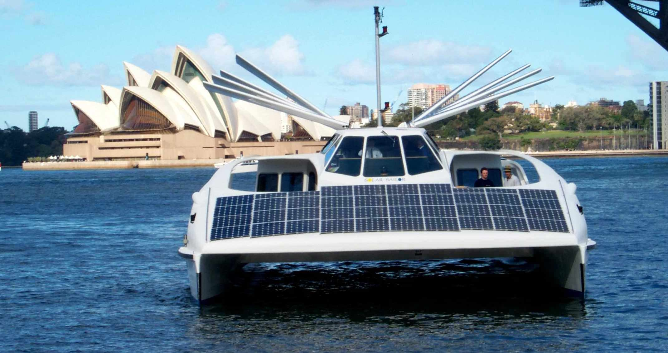 source: http://www.solarnavigator.net/solar_sailor.htm