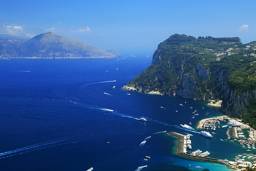 amalfi sailing destination