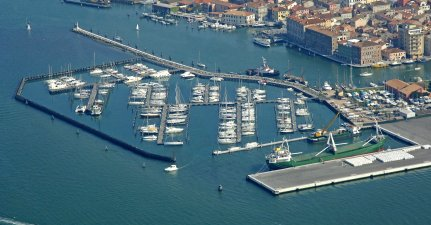 Sporting Club Marina