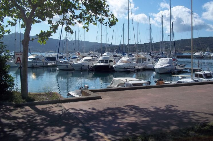 Portoferraio Esaom Marina